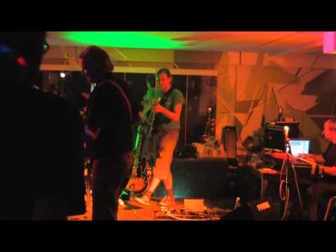 KRefeld Unplugged Presents - (Versuchsanordnung