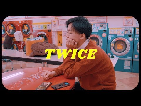 ", title : 'クボタカイ ""TWICE"" (Official Music Video)'"