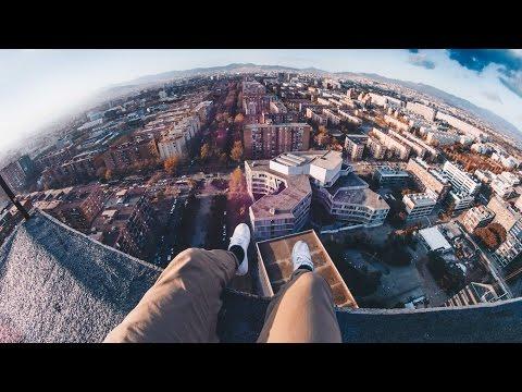SUBIENDO AL EDIFICIO ABANDONADO MÁS ALTO DE BARCELONA (105M) (видео)