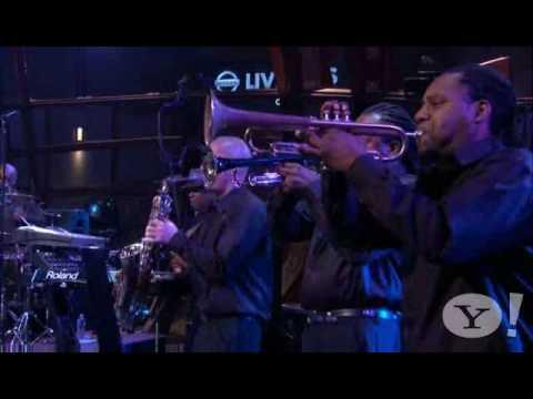 Ne-Yo - Because Of You (Nissan Live Sets)