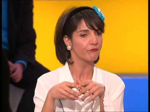 Florence Foresti - Anne-Sophie de la Coquillette : La nouvelle Marianne - On a tout essayé