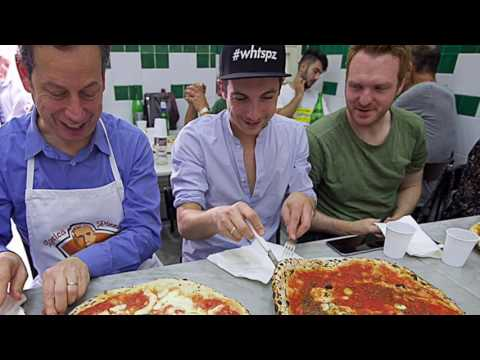 Naples VIP Pizza Tour Goes to Da Michele