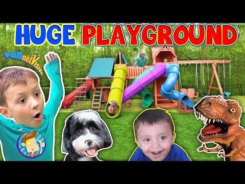 Giant Playground Surprise from DINOSAUR! 😱 5 Slides!! (FUNnel Vision Vlog) (видео)