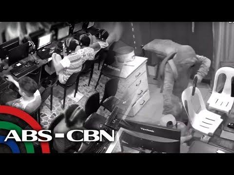 SAPUL SA CCTV: Computer shop hinoldap, mga kostumer tinutukan ng baril | TV Patrol