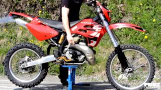 4. Gas Gas Ec 250 two stroke start & idle / A video by Frez Productions