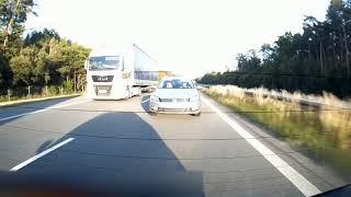 Typowy obraz na polskich drogach. Głupota niektórych kierowców nie zna granic