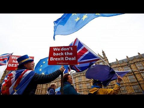 Großbritannien: Brexit kostet Wirtschaft bis zu 150 ...