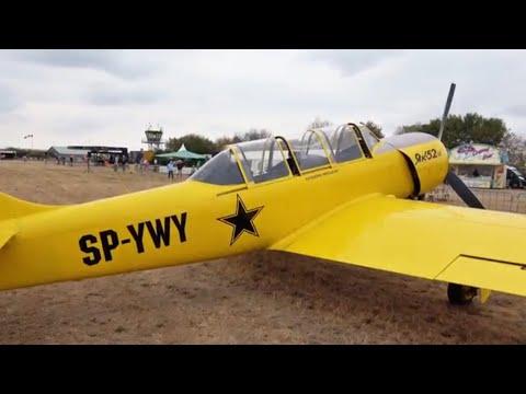Flugzeug Yakovlev Yak 52TD 6 und...