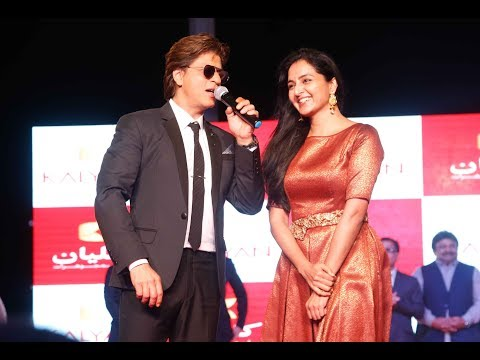 Thousands of Muscat residents managed to catch a glimpse of their favourite Indian actors Shah Rukh Khan, Manju Warrier, Nagarjuna, Prabhu Ganesan, and Sivaraj Kumar. Video: Shabin E.