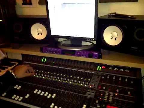 Jas Panesar mastering Foji Pumbeeri (видео)