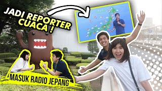 Video DIWAWANCARA RADIO JEPANG + COBA JADI REPORTER CUACA! 😂 MP3, 3GP, MP4, WEBM, AVI, FLV Juli 2019