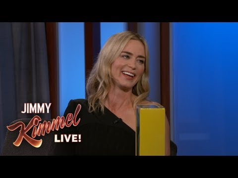 Emily Blunt on Daughter& 39;s Reaction to Mary Poppins