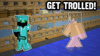 Minecraft Factions: I Invis Raided ToxicJolt! INSANE VIDEO! I invis raided ToxicJolt -- then called him on the phone to tell him ...