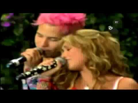 Rebelde - RBD: An hay algo