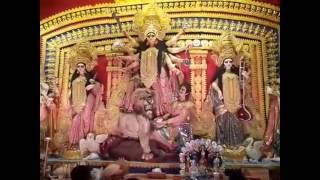 Durga Puja 2016,  Singhi Park Sarbojonin  is ready to welcome Godess Durga and the excited crowd. In this video we have visited Singhi Park Sarbojonin on Shasti and took a closer look how the artists made the pandal look beautiful and godess Durga even more stunning. We have visited the pandal and its already very crowded and people are appreciating Singhi Park Sarbojonin.Have a look in the video to find out yourself. More Videos covering the Durga Puja in Kolkata will be uploaded soon, So Subscribe to our channel for more. And do Like, Comment and Share the video.
