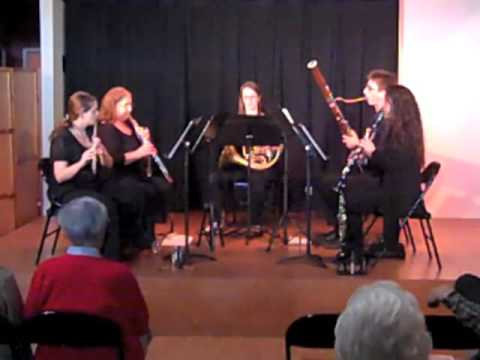 woodwind quintet - Composed by John Williams. Arranged for Woodwind Quintet by George Shaw. Performed by the Chamber Players of Los Angeles: Emily Senchuk, Flute. Dana Sundene,...