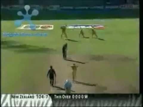 Fast bowlers - Lasith Malinga vs Brett Lee