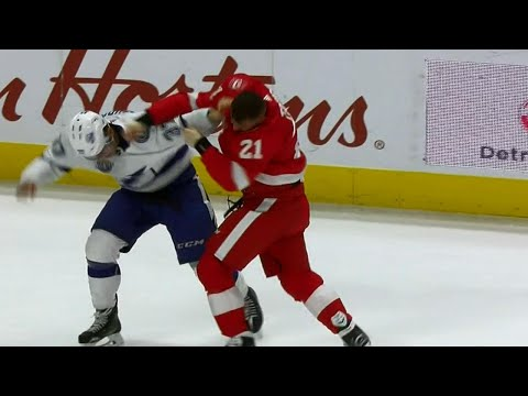Video: Gotta See It: Lightning and Red Wings fight twice in opening period