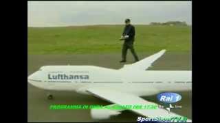 Video BIG RC MODEL BOEING 747 .mp4 MP3, 3GP, MP4, WEBM, AVI, FLV Juni 2018
