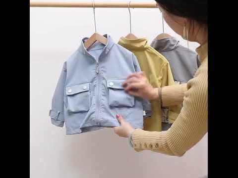 Новая весенне осенняя детская модная одежда куртка с карманами и принтом для … видео