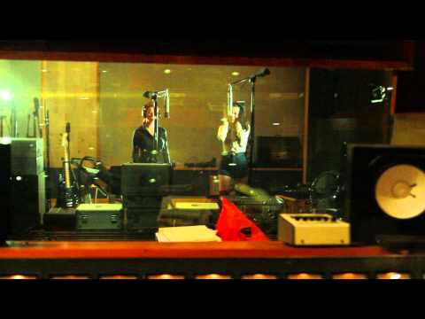 Tic Toc - Belanova (Video)