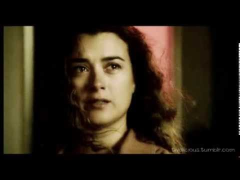 ziva david - hd + small screen for more feels THAT'S IT. HER LAST EPISODE AS A REGULAR. IT MADE ME SO SAD. SHE'S AMAZING. AND NOW SHE'S GONE.. BUT I'M PRETTY SURE SHE WIL...