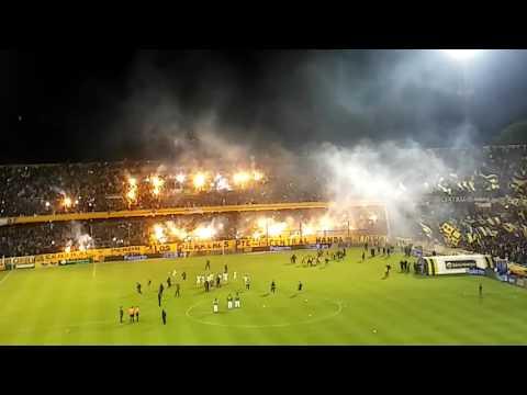 Recibimiento Central vs Atletico Tucuman 7-4-17 - Los Guerreros - Rosario Central - Argentina - América del Sur