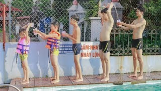 Video Kids go to Swimming Pool Competition Move Water | Kids Playing With Slide, Swing Playground MP3, 3GP, MP4, WEBM, AVI, FLV Juni 2018