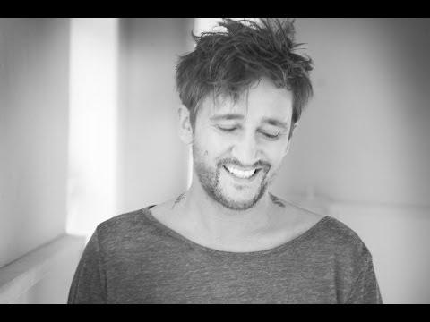 ICH TROJE - Bella Ragazza (M. Wiśniewski; audio)