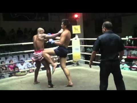 Cyrus Washington vs The Thai Giant in Thailand - Pro Muay Thai Fight