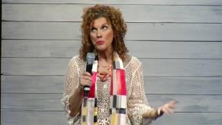 Leslie Norris Townsend - Miracles Happen