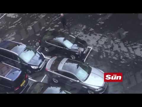 Video - Η τρομοκρατημένη Τερέζα Μέι φυγαδεύεται από τη Βουλή (vid)