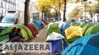 Calais France  city photo : France: Refugees flee to Paris after Calais camp closure