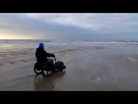 Swiss-Trac Kørestolstraktor ved Vejers Strand