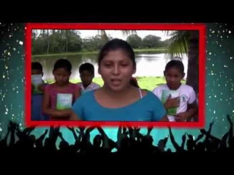 DONACIÓN DE BIBLIAS A NIÑOS EN LA AMAZONIA
