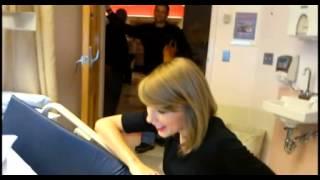 Taylor Swift makes surprise visit to Hasbro Children's Hospital