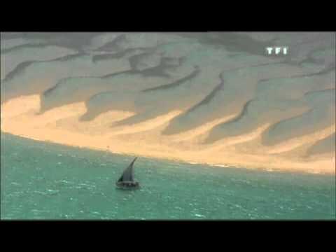 Voyage à cheval sur les plages du  Mozambique