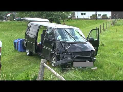 Vöhl: Autofahrerin bei Unfall schwer verletzt