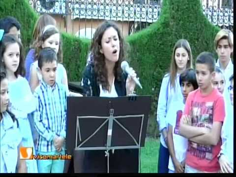 Interpretación de la canción Chiquitita de Abba. Certamen infantil de Piano. Martos 2015