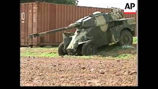 English/Nat Guinea Bissau's government forces came under heavy attack from rebels on Sunday in some of the heaviest fighting...