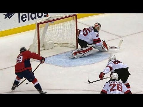 Video: Capitals use beautiful passing to burn Devils for goal