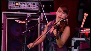 Arcade Fire - Neighborhood #2 (Laika) | Reading Festival 2007 | Part 3 of 9