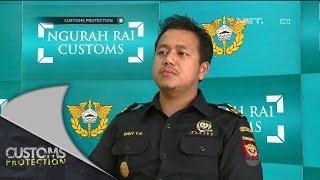 Video Seorang Pria Kedapatan Membawa Narkoba di Lipatan Kerah Baju - Customs Protection MP3, 3GP, MP4, WEBM, AVI, FLV Mei 2019
