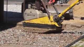Как немцы подготавливают площадку для укладки тротуарной плитки, брусчатки