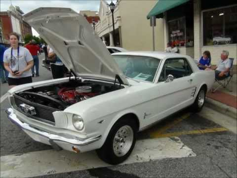 Pictures of Car Show in Lenoir, North Carolina
