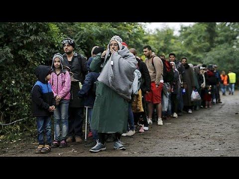 Κροατία – Σερβία: Ο κακός καιρός «κυνηγάει» τους πρόσφυγες