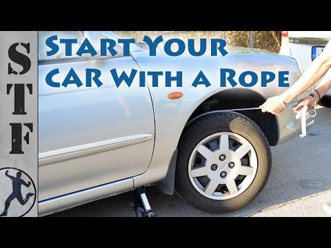 這男子下車「用繩子繞住輪胎」的大家都不解,當他用力一拉繩子之後…車子竟然發生了奇蹟啊!