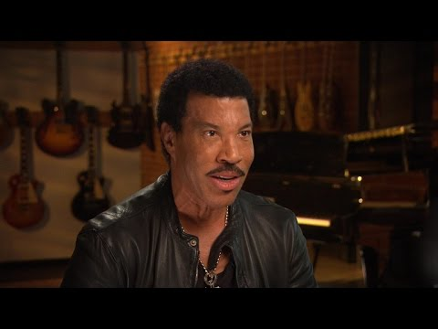 """Richie: I'll receive MusiCares award """"if it doesn't mean goodbye"""""""