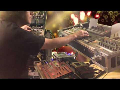 Music For Machines: By Machines - Muzik 4 Machines 40 minutes live jam