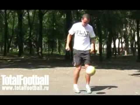 Обучение футбольным финтам